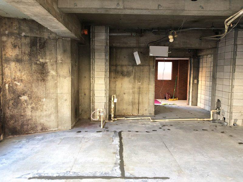 美容室解体施工後1