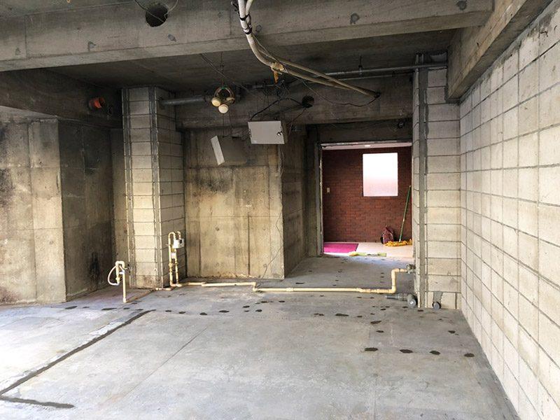 美容室解体施工後3