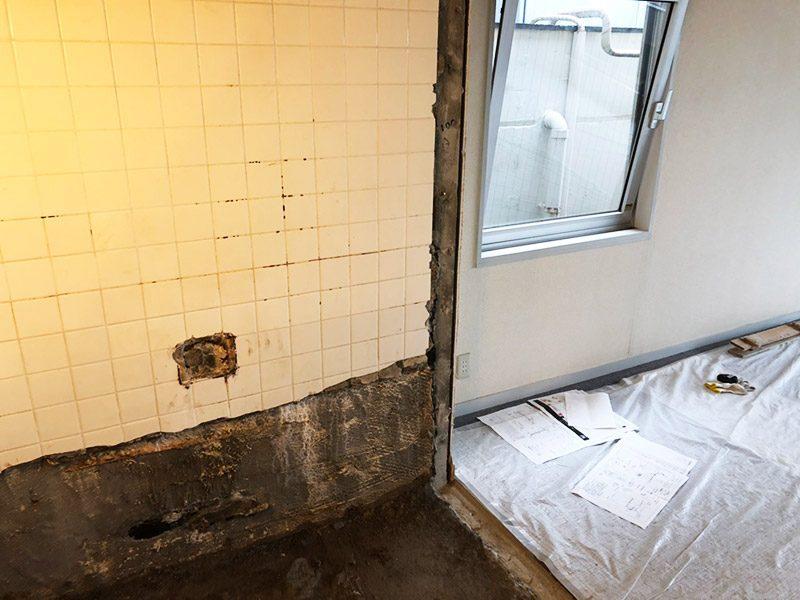 浴室の解体施工後2
