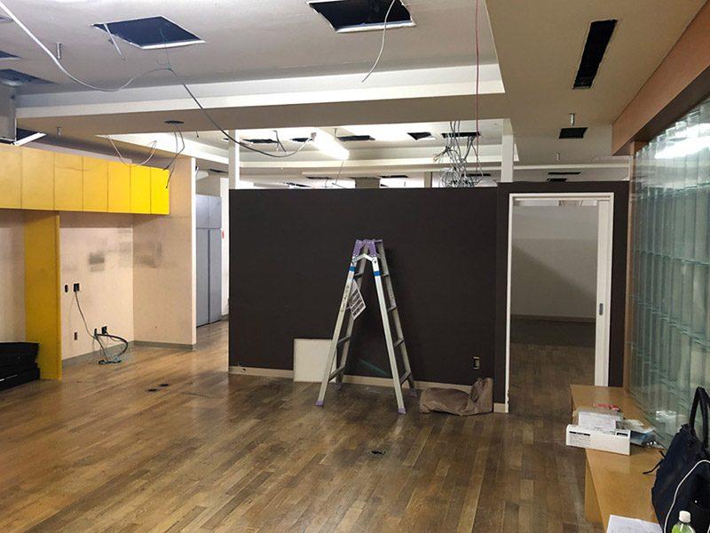大型商業施設内の店舗解体-施工前3