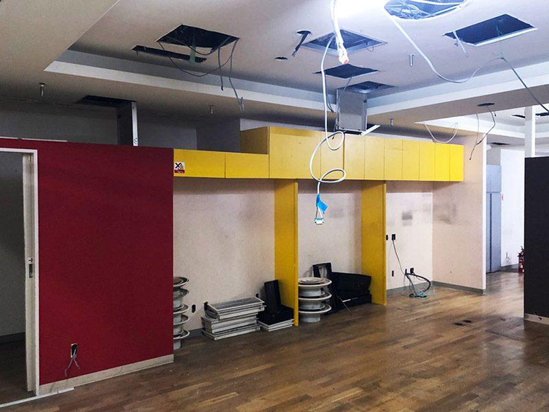 大型商業施設内の店舗解体-施工前4
