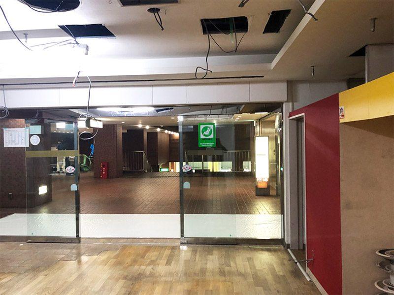 大型商業施設内の店舗解体-施工前1