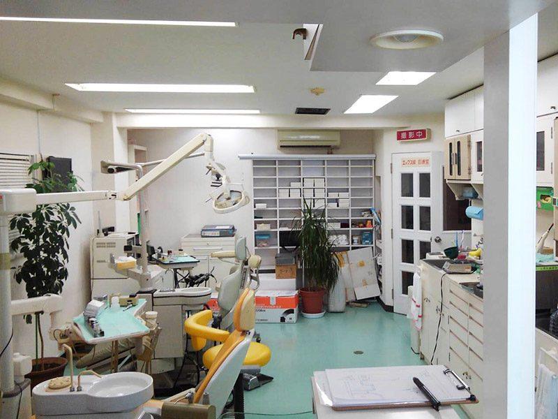 歯科医院解体施工前2