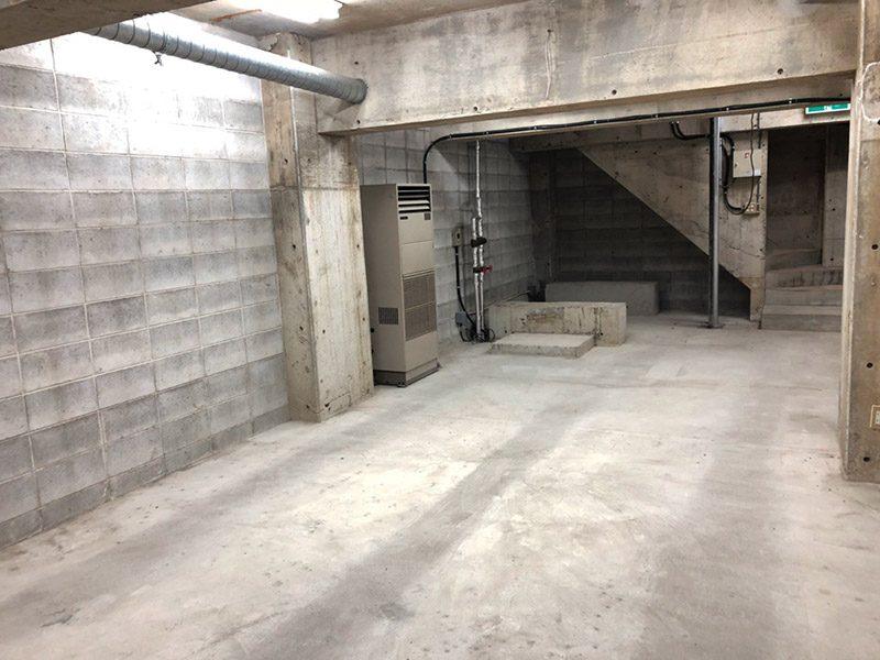 地下倉庫2